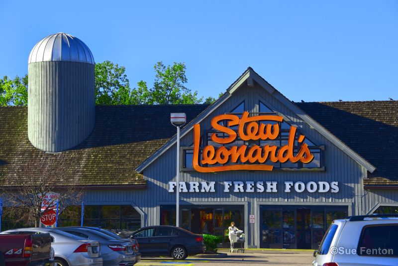 Business entrance for Stew Leonard's Supermarket