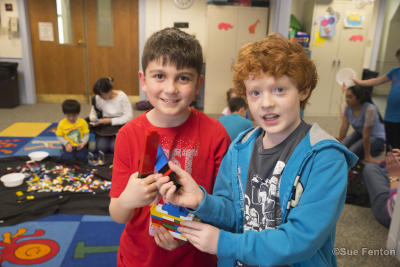 Children's lego block event at public library